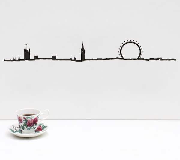 LONDON THE LINE