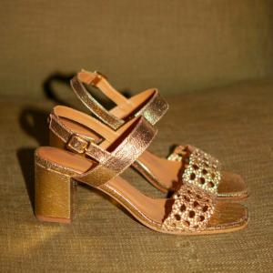 trinity-rivecour-sandales-talons-600-cuir-gold
