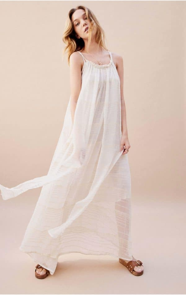 trinity-wild-robe-misteria-white
